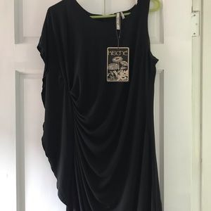 Large Black Kische dress. New with tags.